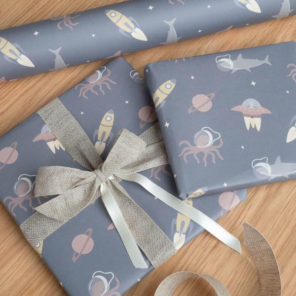 Geschenkpapier Weltraum