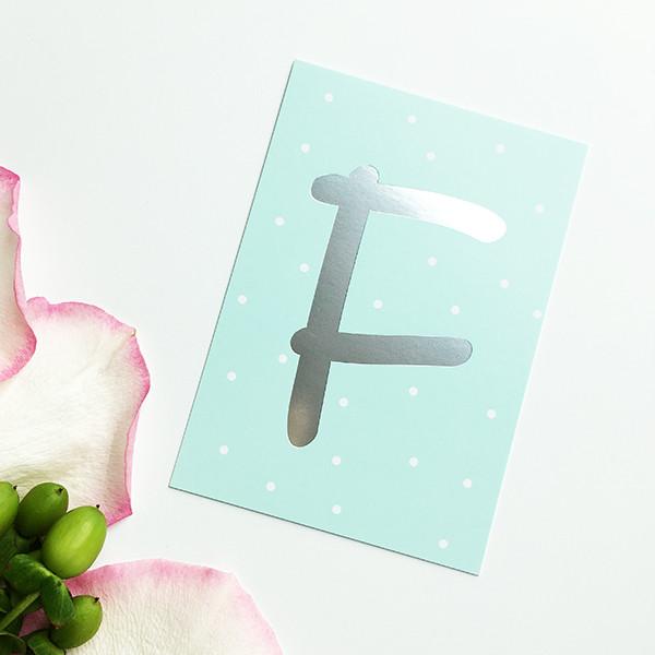 """Mini-Kärtchen """"F"""" - Silber & Pastell"""