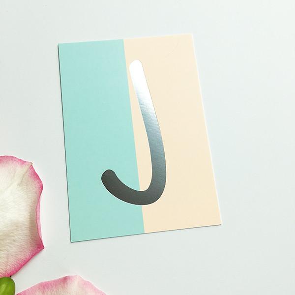 """Mini-Kärtchen """"J"""" - Silber & Pastell"""